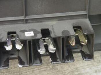 某污水厂• 低压开关柜抽屉维修